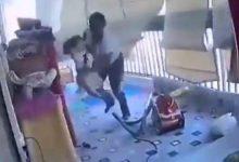 Photo of انفجار بيروت.. ممرضة تنقذ رُضعا وخادمة تحمي طفلة ومبادرات لإيواء المشردين
