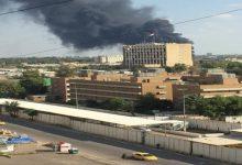 Photo of بعد ساعات من قصف المنطقة الخضراء.. تفجير يستهدف موكبا للسفارة البريطانية في بغداد