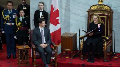"""صورة الكنديون يترقبون , """"خطاب العرش"""" بين موجة ثانية و فضيحة مدوية … إليكم آخر المستجدات"""