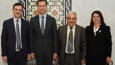 """صورة ماذا يجري في قصر الأسد؟.. مناصب ولقاءات """"غامضة"""""""