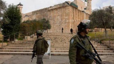صورة سلطات الاحتلال الإسرائيلي تهدم مسجدا جنوب الخليل