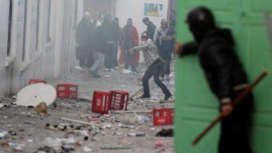 صورة الهدوء يعود لتونس والجيش ينشر وحداته أمام منشآت عامة ومقرات سيادية