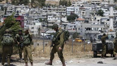 صورة شرطة الاحتلال تعتدي على مواطنين ونوابا عربا بالناصرة