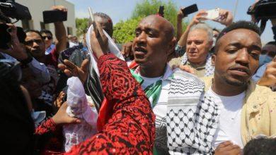 صورة أقدم أسير أردني بعد الإفراج عنه : المقاومة أخضعت الاحتلال وكسرت