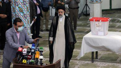 صورة الصدر عن رئيس إيران: لا يجب أن يصعد التشدد بالمنطقة