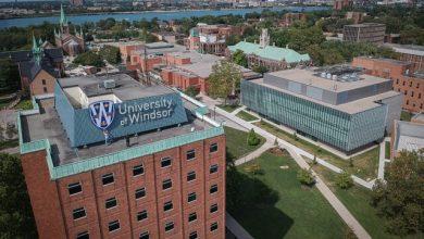 صورة جامعة وندسور تفرض اللقاح على الموظفين و الطلاب !